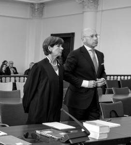 Strafverteidigerin Muenchhalffen und Bernhard Visker im HSH-Untreueprozess